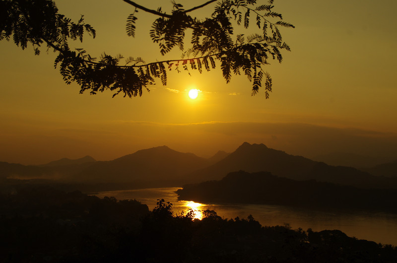 Phou Si at sunset