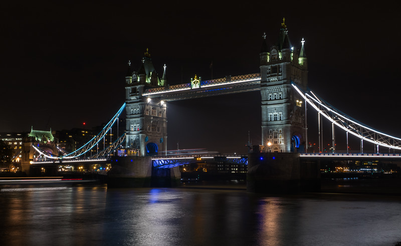 Tower Bridge - London (November 2018)
