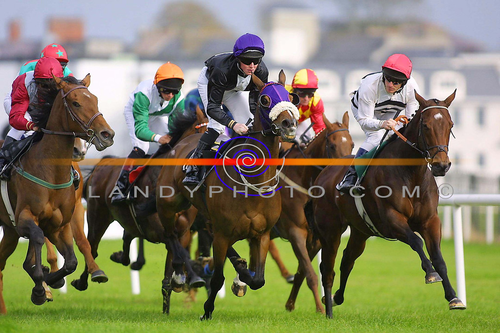 Tight Close action from Listowel Races.<br /> Pic Brendan Landy