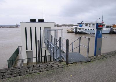 Meetpunt waterstand Lobith, teletekst pagina 720