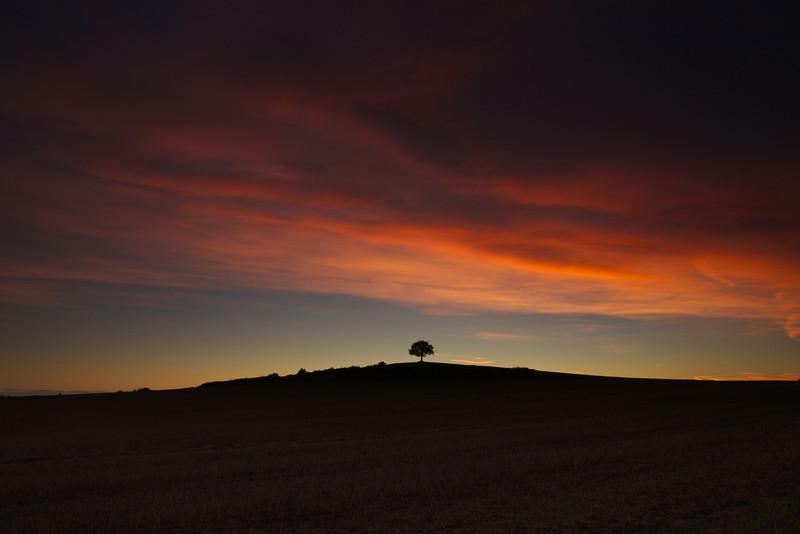 one tree hill at dawn 2013-09-02 at 05-02-11
