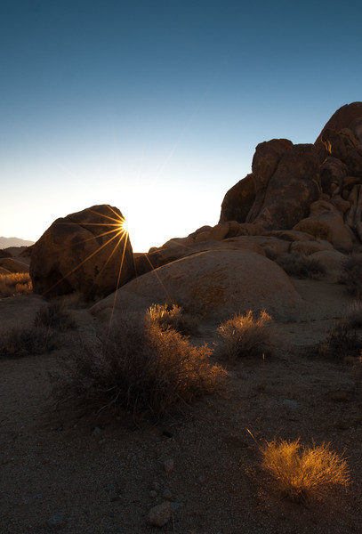 Sunrise in Alabama Hills
