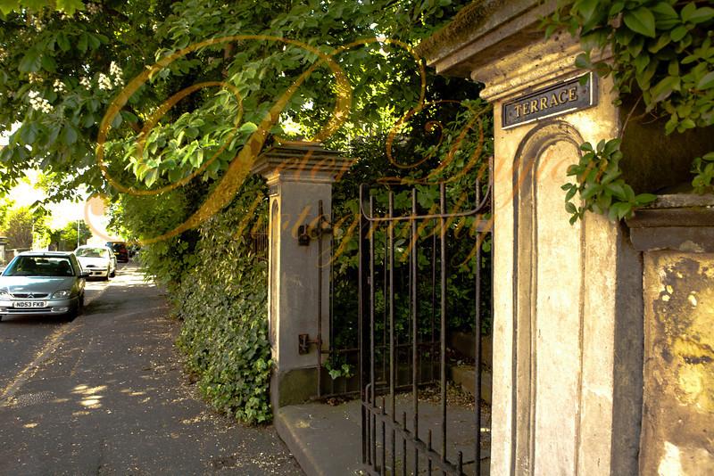 Victorian gateway