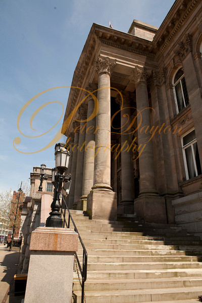 Steps up to Birkenhead Town Hall