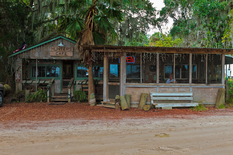 Hunter's Cafe<br /> Shellman Bluff, GA