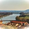 Vue sur la Saône du village de Trévoux - Ain - France