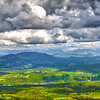 Vue sur les Alpes prise du Plateau de Retord - Ain/Haute Savoie - France