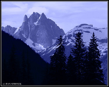 """THREE SPECTATORS"", Castle mountain, Alaska, USA."