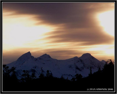 """EVENING WITH THREE SISTERS"", Etolin Island, Alaska, USA-----""VECER S TREMI SESTRAMI "", ostrov Etolin, Aljaska, USA."