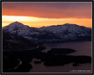 """SOUTHEAST ALASKA SUNRISE"", near Ketchikan, Alaska, USA-----""VYCHOD SLUNCE NAD JIHOVYCHODNI ALJASKOU"", blizko Ketchikanu, Aljaska, USA."