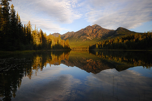 Pyramid Lake, Jasper AB