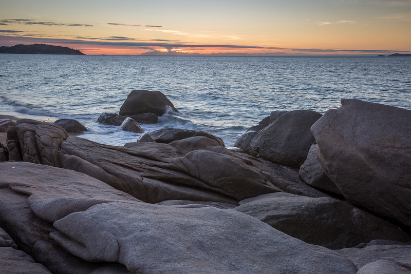 Sunrise over Rocky Bay - Magnetic Island