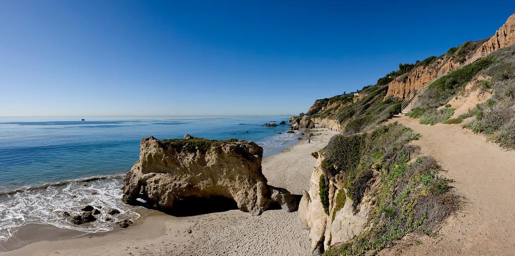 El Matador Beach Malibu CA jan 09 Panorama plate VIII
