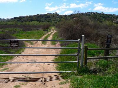 Mule Hill Gate-path to bridge