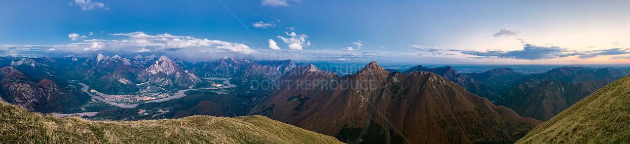 Ampia notturna da est a sud dal Colle dei Larici 211007-892244