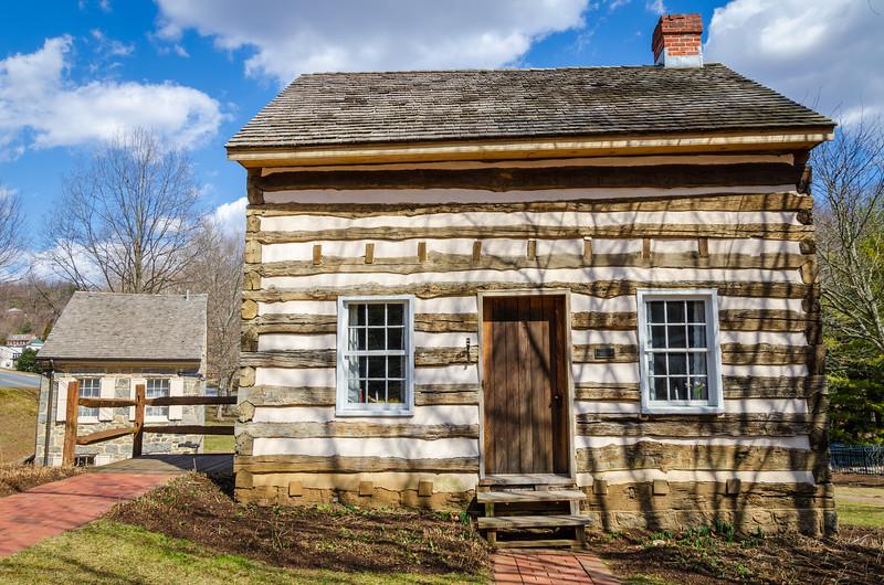 Thomas Isaac Log Cabin
