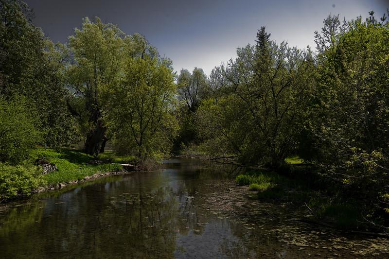 Eden Mills River