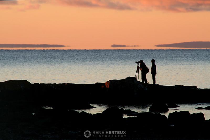 Sunrise photographers at Split Rock
