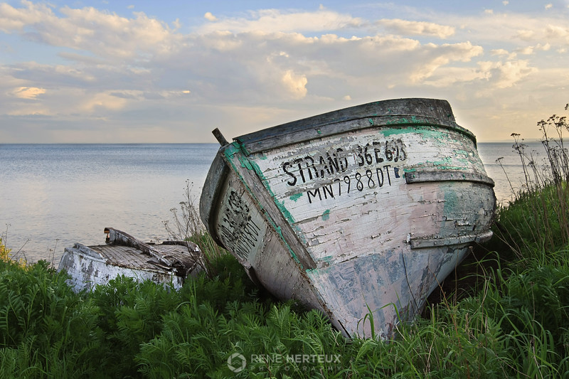 Abandoned boat along North Shore