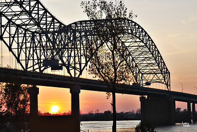 Sunset on the Mississippi River at Memphis,TN