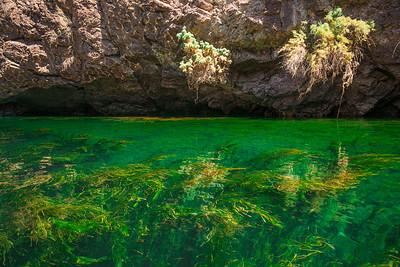 Colorado River Kayaking - Emerald Waters Mojave Desert - Arizona Nevada Recreation