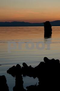 Mono Lake Tufa Early Sunrise-1