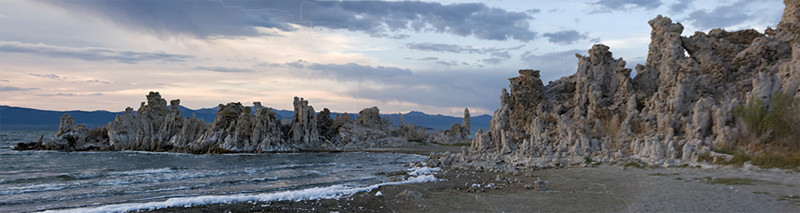 Sunset over tufas on Mono Lake