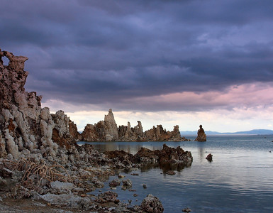 Momo Lake, Tufa Sunset