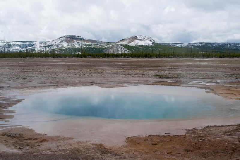 Thermal pool, Midway Geyser Basin
