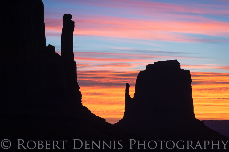 Sunrise at the Mittens, Monument Valley