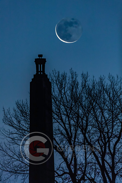 Perry Monument Christmas Moon