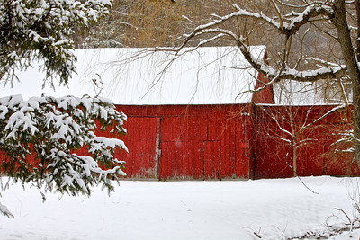 Photofreak. March 21, 2014. Old red barn in snow.