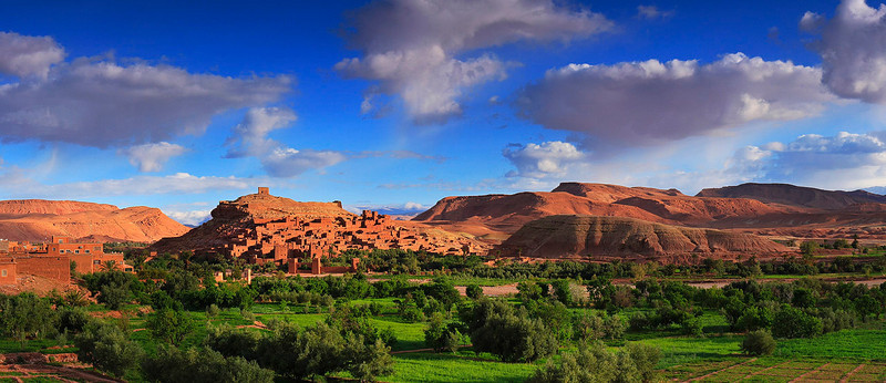 Sunrise at Ksar Aït Benhaddou and its lush green valley.