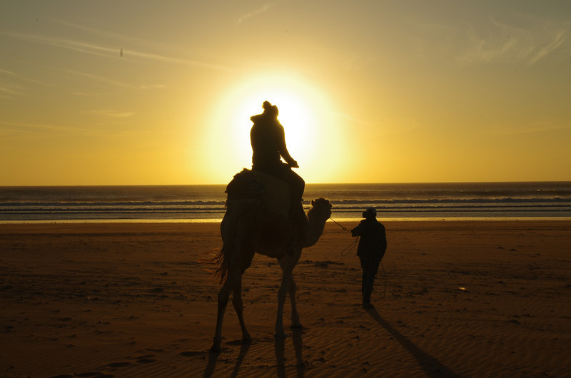 With Hassan in better shape than ever, we left  with the idea to ride south towards the sunset.