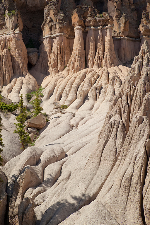 (SJ-10221) Hoodoos in Wheeler Geologic Area; Rio Grande Nat'l Forest, Colorado.