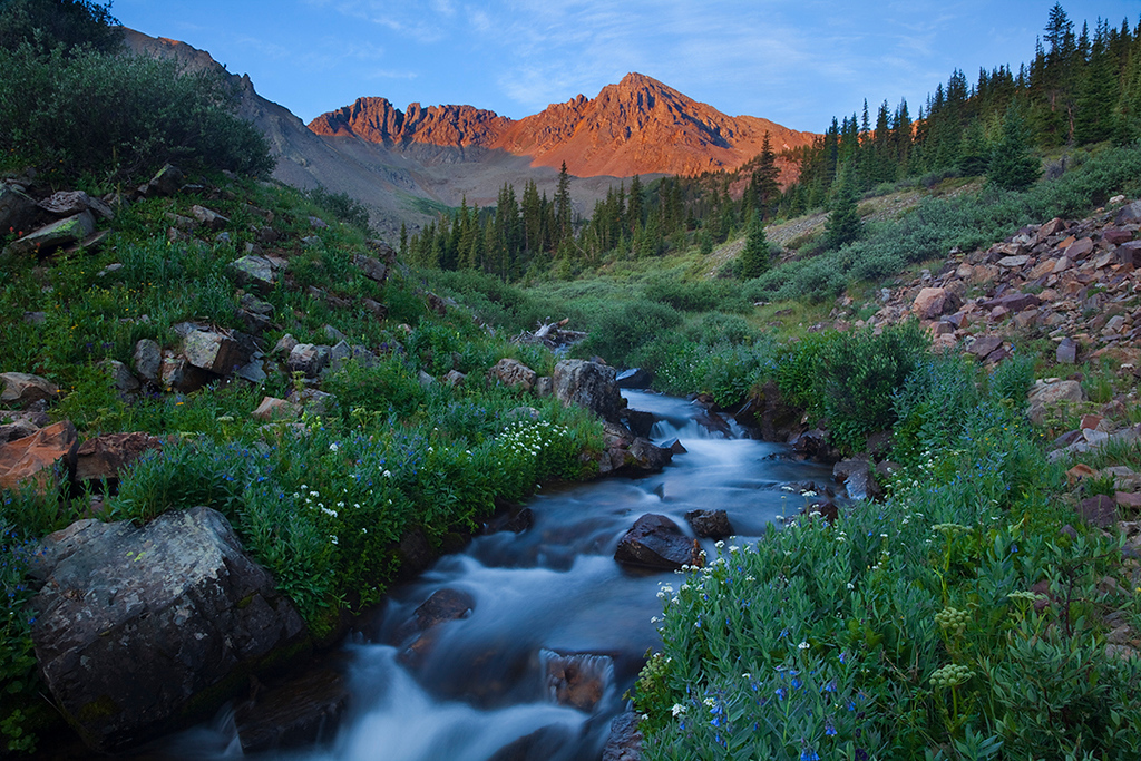 (MB-10022_24)  Along Pine Creek at sunrise - Elk Mountains, Colorado.