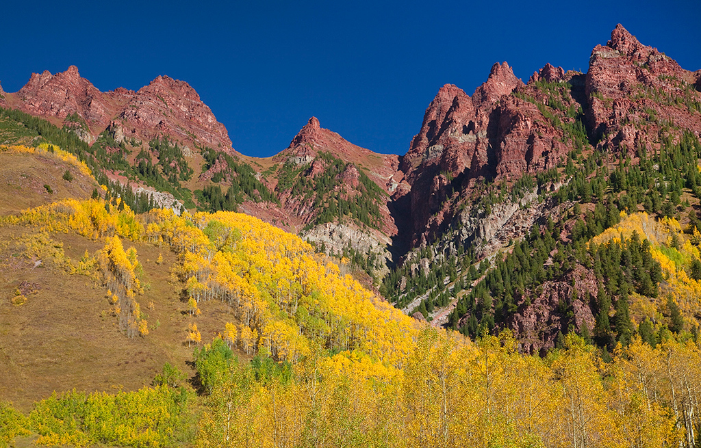 (MB-10212)  Sievers Mountain above autumn aspens - Maroon Bells area, Colorado.
