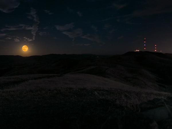 Mount Allison Day-After Super Moon