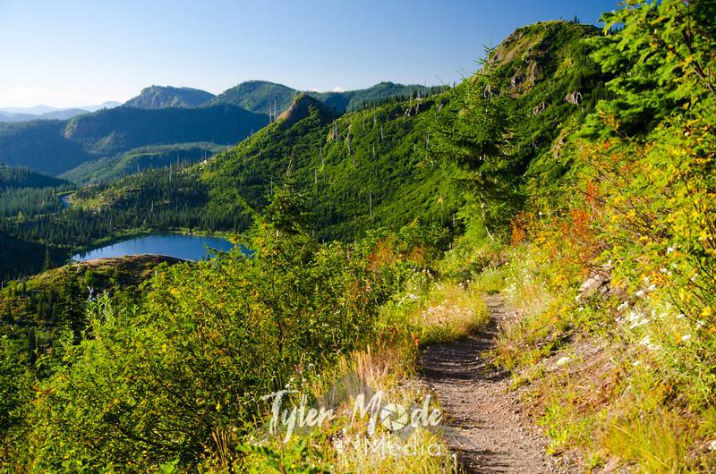 49  G Trail and Meta Lake