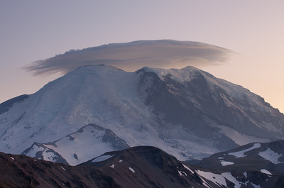 Lenticular cloud over Mt. Rainier