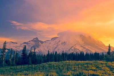 Mt Rainier Sunset from Sunrise Visitor Center