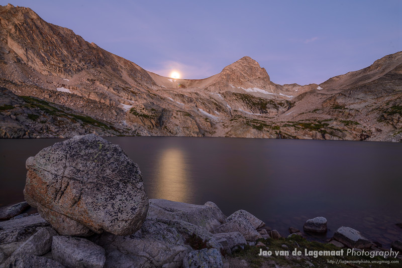 Moonset at Blue Lake