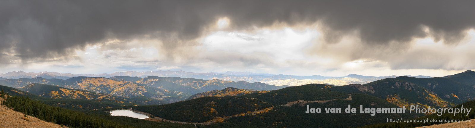 Fall panorama from Mount Evans road