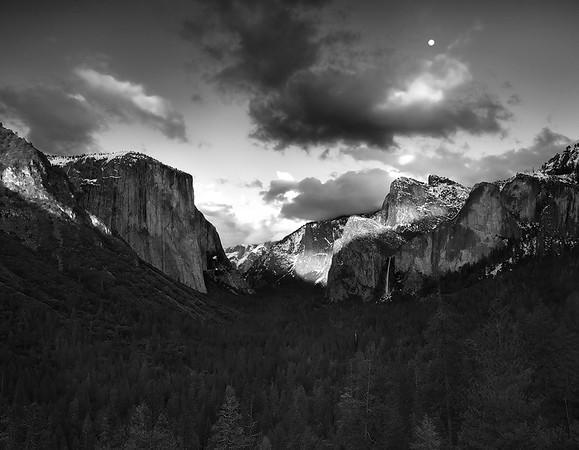 Yosemite Moonset,<br /> Yosemite National Park, CA