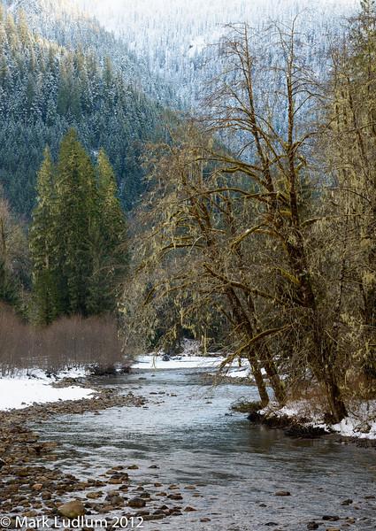 Mt Loop HGWY Skykomish River 2 12-2012