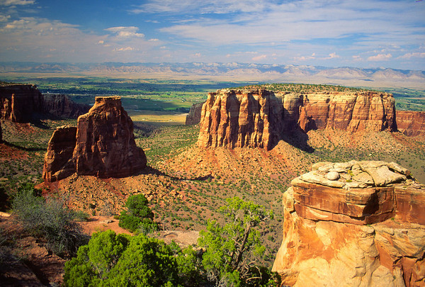 Beautiful western scene at Colorado National Monument.