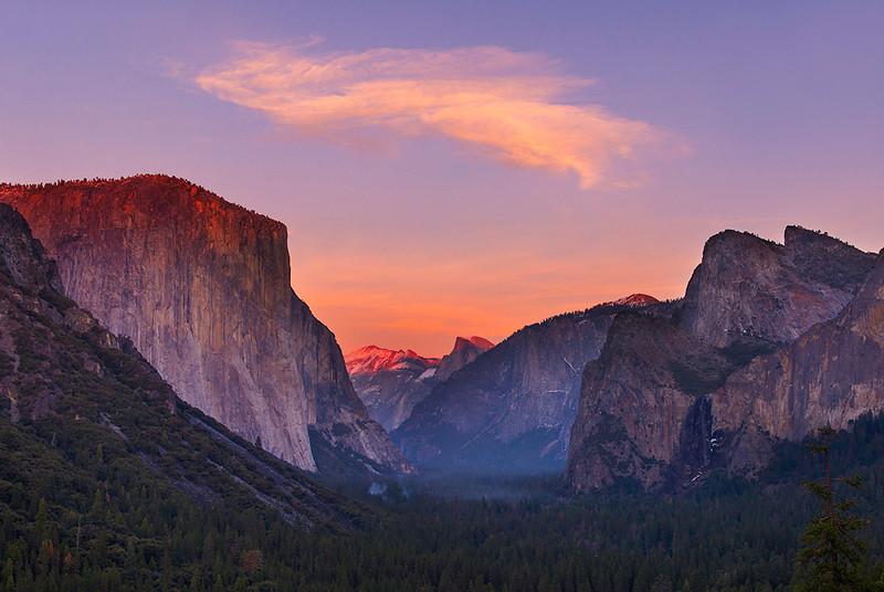 Tunnel view, Yosemite, California.