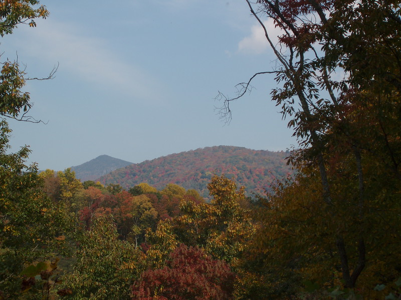 color on the peaks