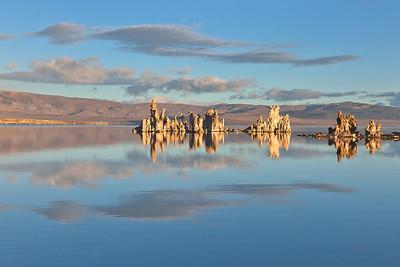 Morning Mono Reflections 2299