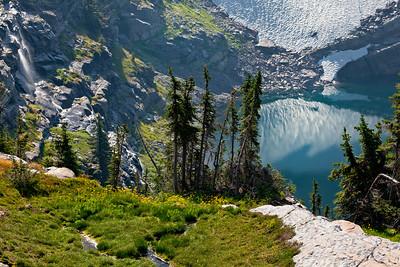 Akaiyan Lake 7305